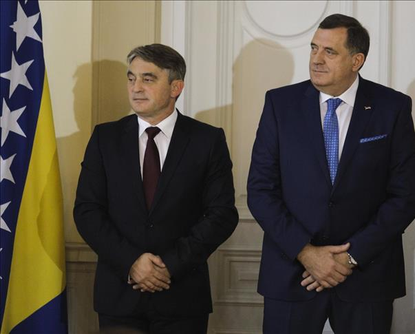 Polemika Dodika i Komšića o analogiji između RS i Kosova