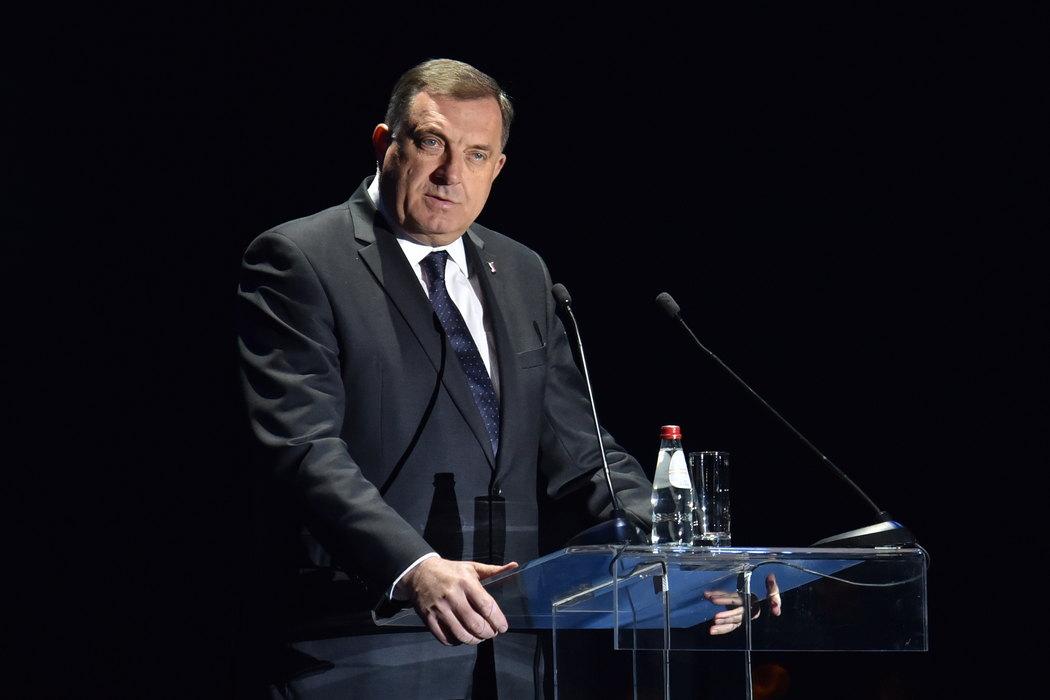 Dodik: Ništa od protestne note zbog Handkea, Komšić može da piše privatno