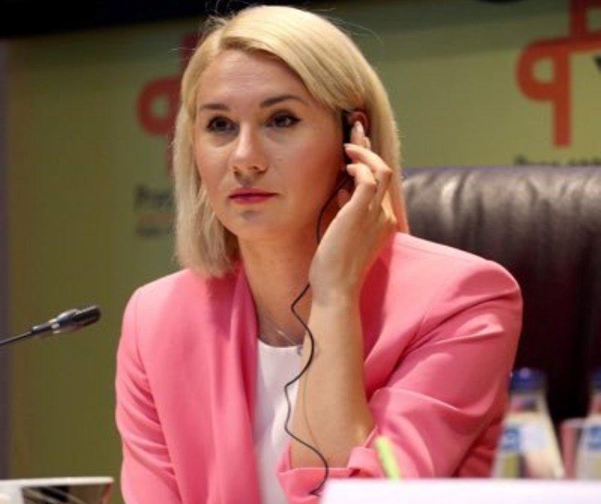 Emini: EU i SAD da ne dozvole da jedan čovek monopolizuje dijalog