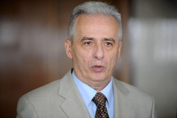 Beograd ima spreman odgovor na 10.000 albanskih papira