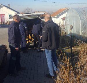Filipovićima dopremljena drva za ogrev, Virijevićima paketići