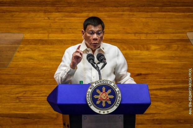 Duterte: Preuzimam odgovornost za krvavi rat protiv droge, nikada mi neće suditi u Hagu