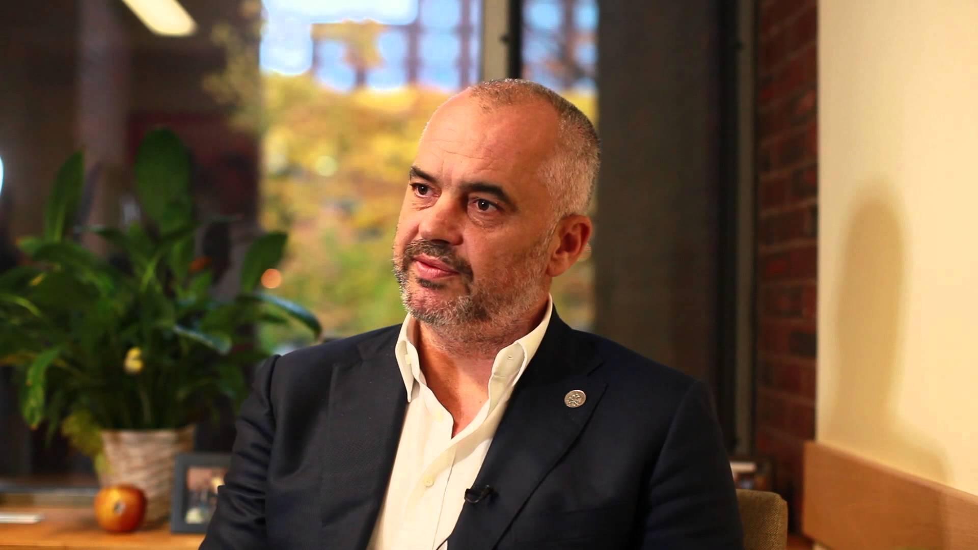 Edi Rama – i premijer i šef diplomatije