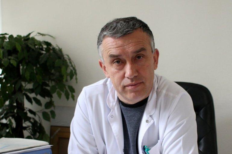 Dr Elek: Jedan pacijent prebačen za Kragujevac; internistička zgrada postaje kovid bolnica