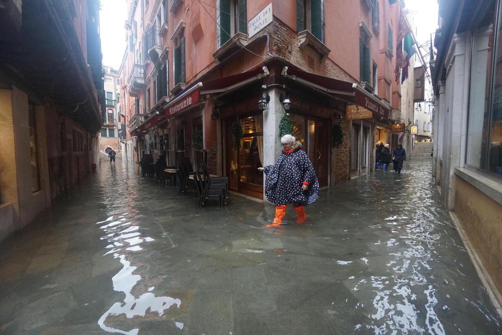 Veneciji preti još veći talas plime, Srbija nudi pomoć
