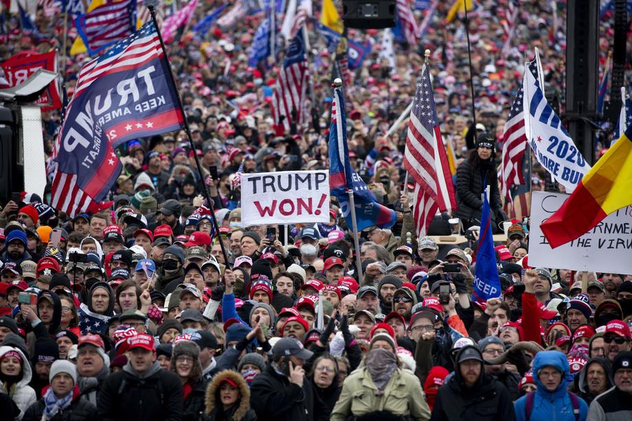 Tramp na protestu svojih pristalica: Nikada nećemo priznati