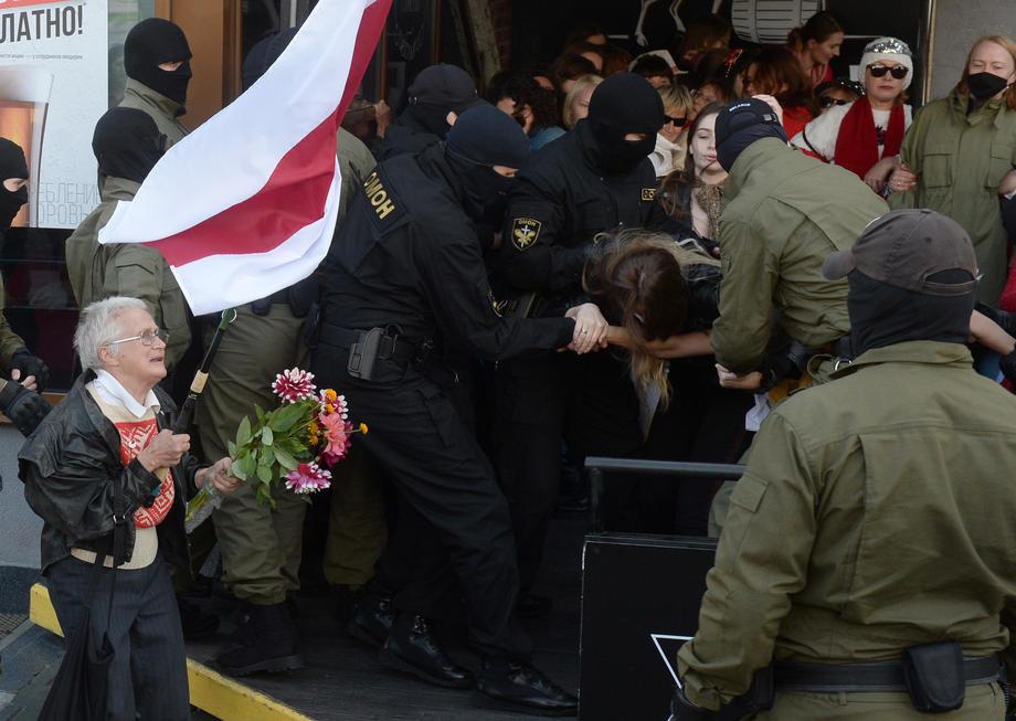 Masovna hapšenja demonstranata u Minsku