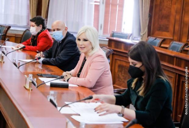 Mihajlovićeva i Sindikat EPS-a o poboljšanju prava radnika