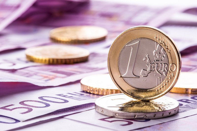 NBS kupila 75 mln evra, kurs dinara sutra 117,9125