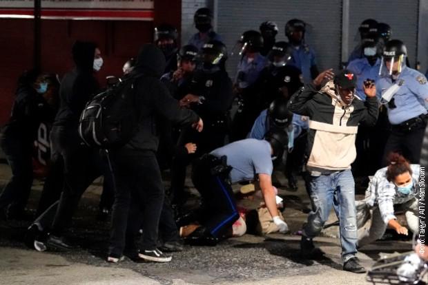 Nastavile se demonstracije u Filadelfiji zbog ubistva