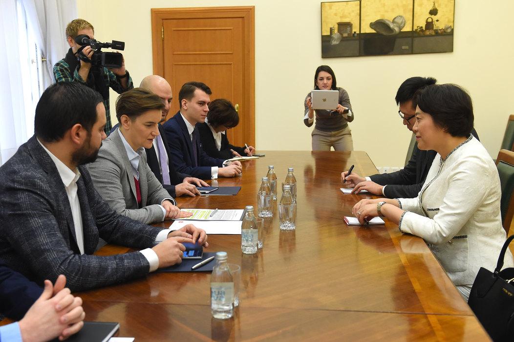 Brnabić i Čen Bo: Odlični odnosi dve zemlje