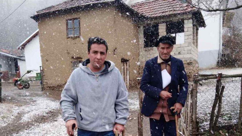 Kosovska Kamenica: Albanac lopatom napao Srbina