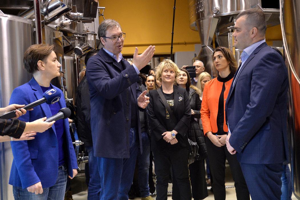 Vučić: Srpska industrija vina napreduje neverovatnom briznom