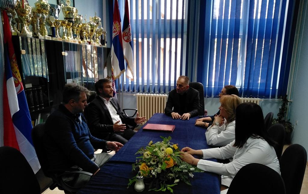 Srbi iz SAD i Kanade pomažu KBC u Kosovskoj Mitrovici