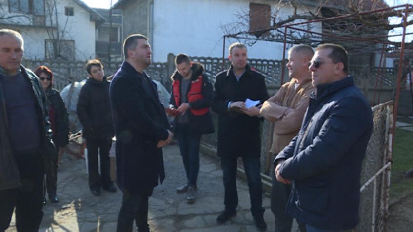 Srđan Mitrović posetio socijalno ugrožene u Donjoj Budrigi