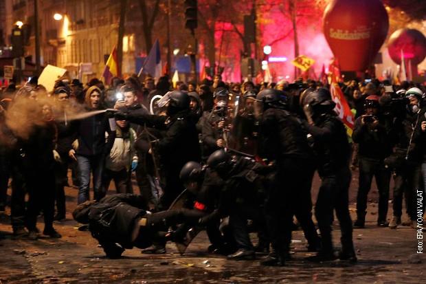Sukobi tokom štajka u Francuskoj, 500.000 ljudi na ulicama
