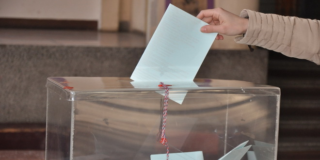 Vanredni izbori na severu Kosova i Metohije; Izlaznost do 12 sati 21 odsto