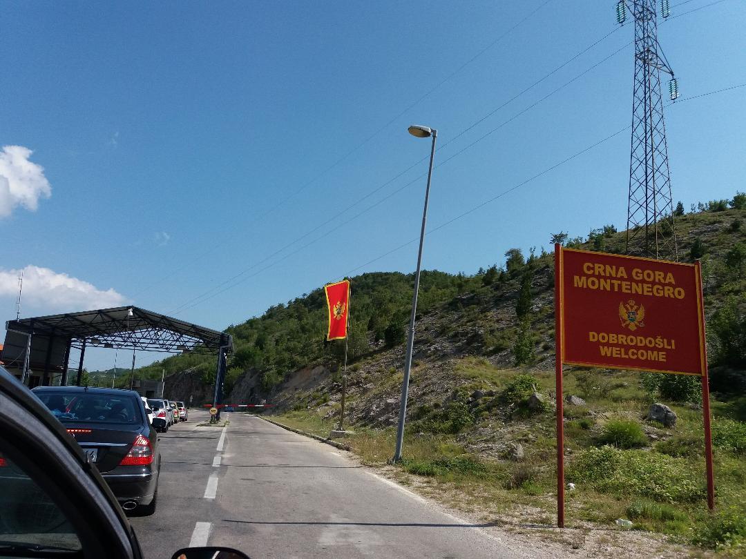 U Crnu Goru od danas samo uz uslove i kovid potvrde