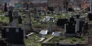 Srbi na Zadušnice obišli groblja na KiM