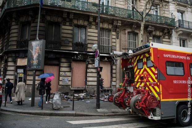 Bez protesta na Šanzelizeu, smenjen šef pariske policije