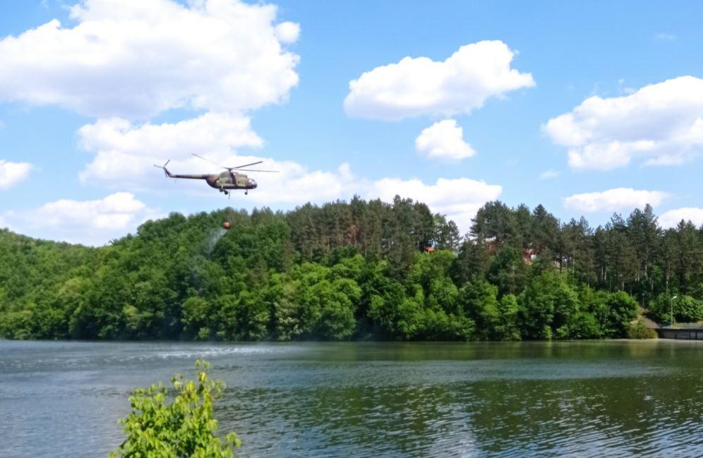 Helikopteri Vojske Srbije završili današnji angažman na gašenju požara