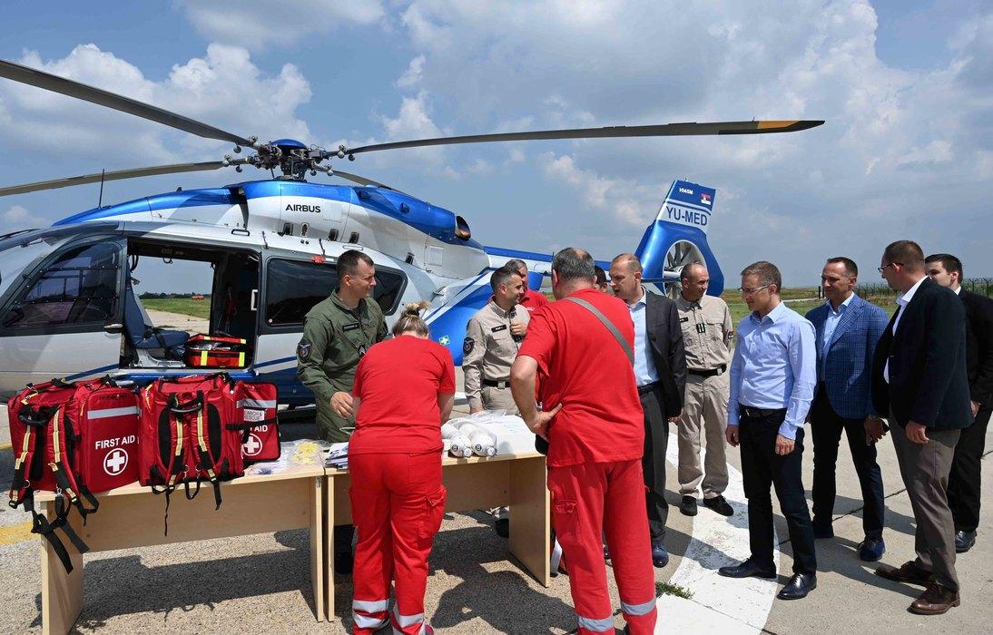 Novi helikopteri imaće opremu za medicinski transport pacijenata