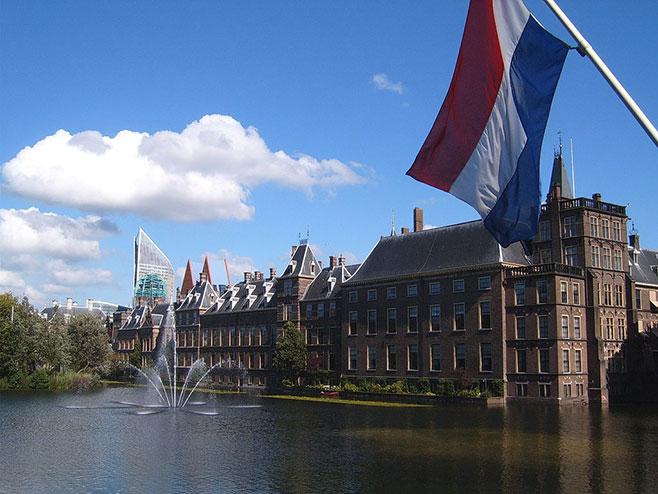 Holandska televizija: Vlada podnela kolektivnu ostavku