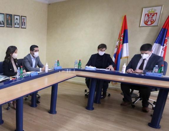 Brnabić: Oživljavanje fabrike stakla strateški važno za Srbiju