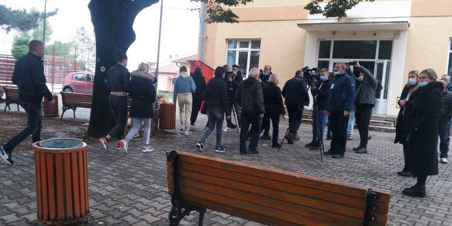 U opštini Gračanica do 11 sati glasalo 13,11% glasača, glasanje protiče regularno