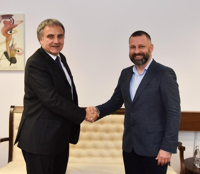 Jevtić sa sa odlazećim ambasadorom Italije na KiM Pjerom Kristoforo Sardijem