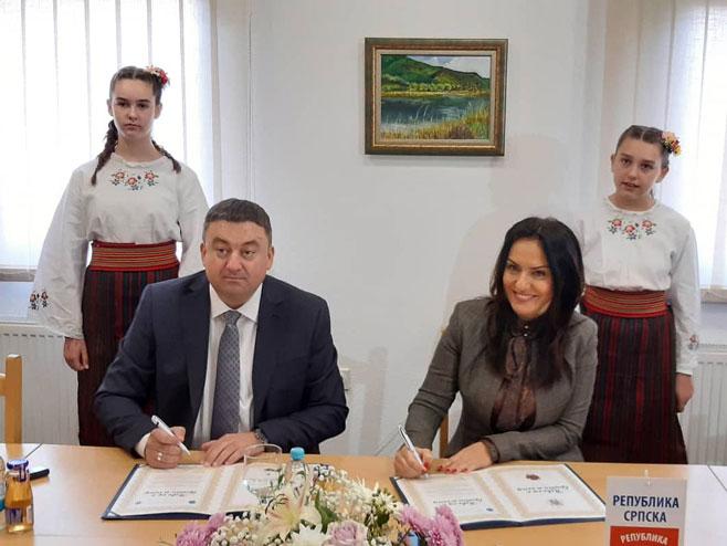 Potpisana Povelja o bratimljenju opština Jezero i Zvečan