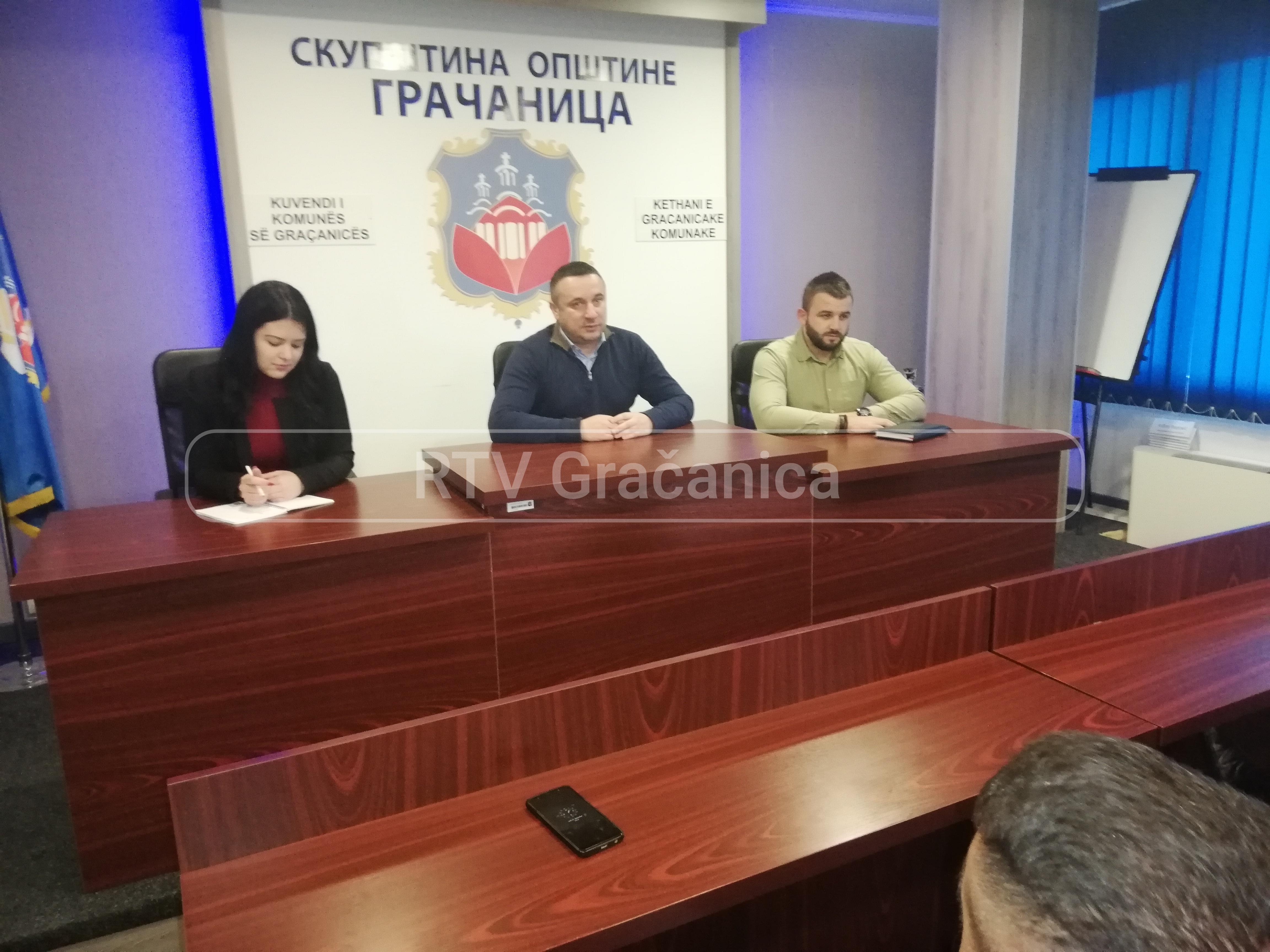 Popović sa predstavnicima Lokalnih saveta o bezbednosnoj situaciji