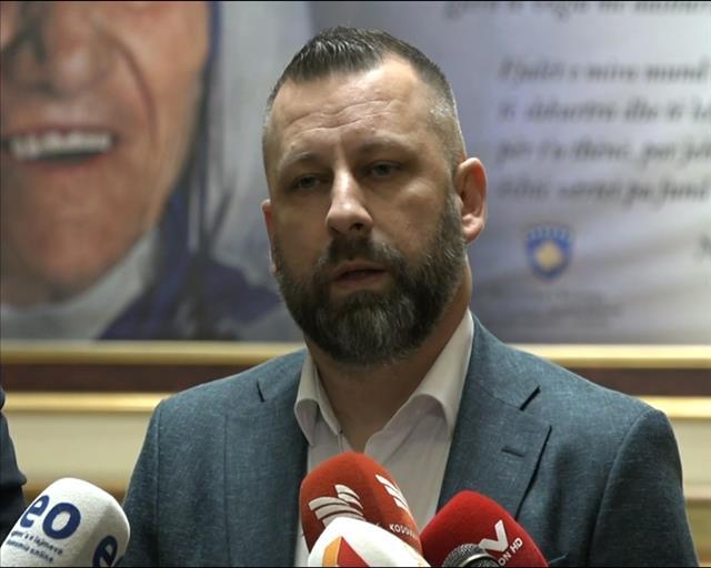Jevtić: Sprečiti razbijanje jedinstva srpskog naroda na KiM