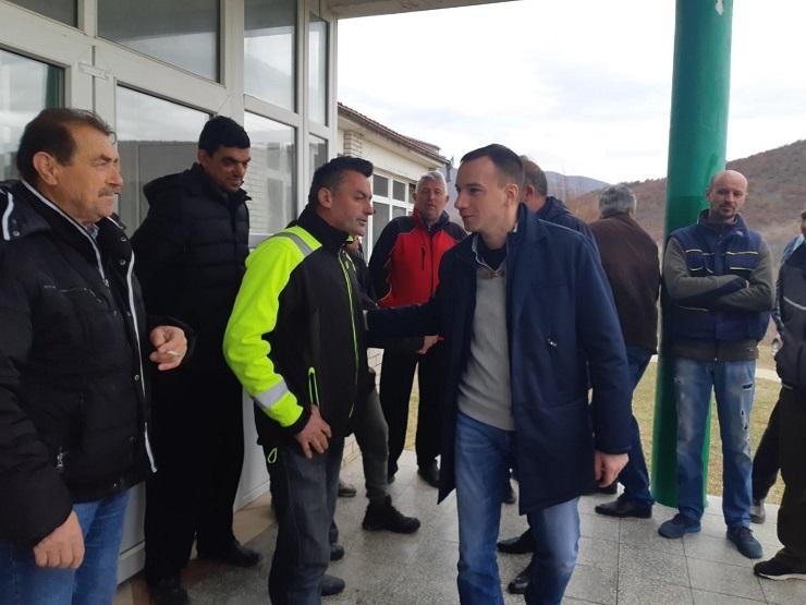 Damjan Jović u poseti selima u opštini Vučitrn