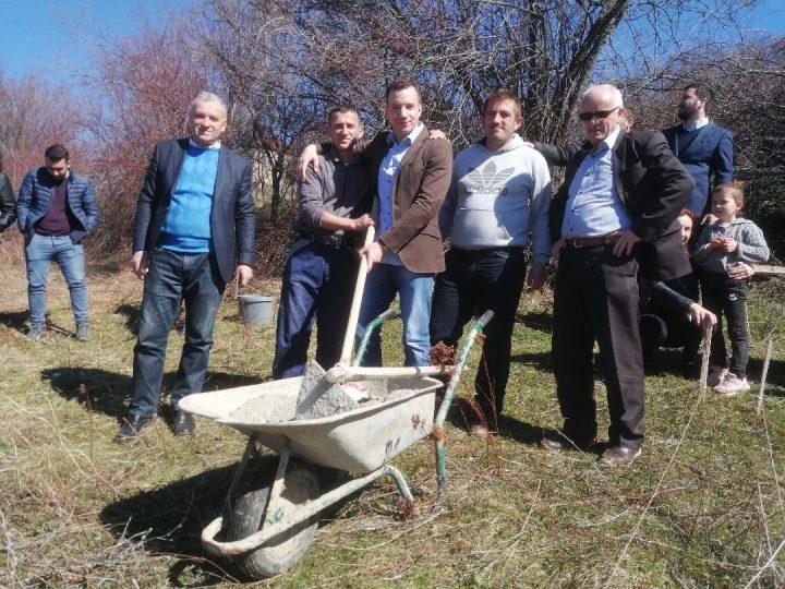 Položen kamen temeljac za kuću porodice Pajaziti u Gori