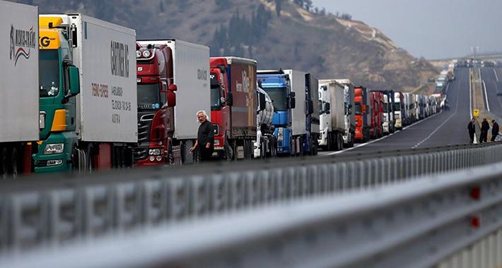 Teretna vozila pet sati čekaju na Horgošu i Šidu