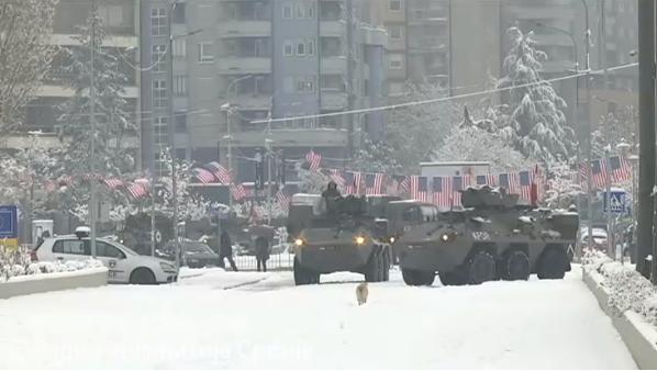 Kfor obezbeđuje most u Kosovskoj Mitrovici