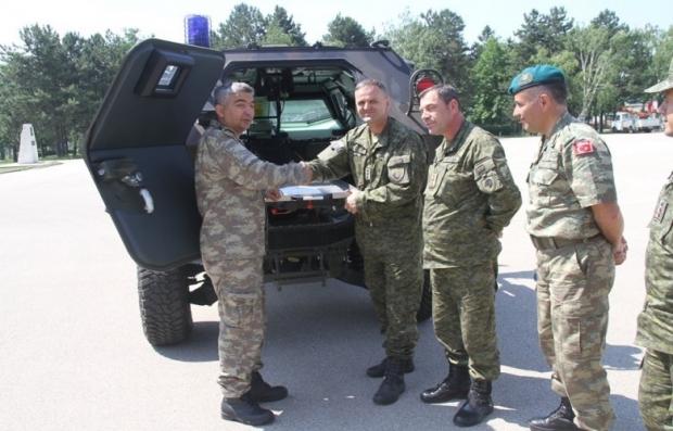 Turska donirala vozilo Kosovskim bezbednosnim snagama