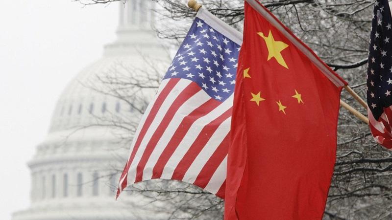 Međusobne optužbe i kršenje protokola na sastanku SAD i Kine