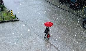 Hladnije i oblačno, mestimično s kišom