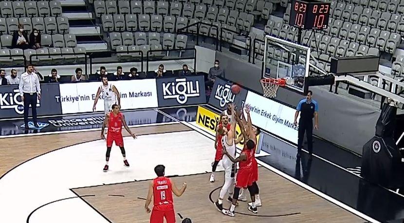 Pobeda košarkaša Partizana u Istanbulu
