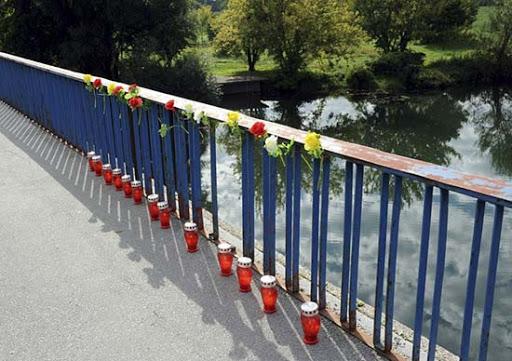 Položeni venci u znak sećanja na stradanje rezervista JNA na Koranskom mostu