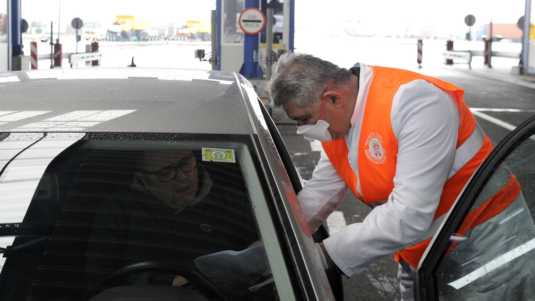 Hofman: Od sutra zatvaranje šest prelaza između Srbije i BiH