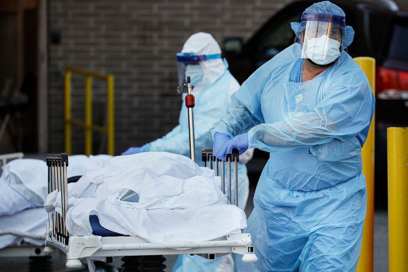 Broj preminulih od korona virusa u svetu premašio 2 miliona