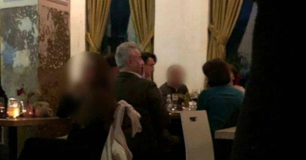 Sudija Specijalnog suda na večeri s advokatom boraca OVK