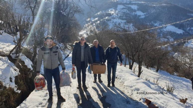 Predstavnici lokalne vlasti posetili neke od socijalno ugroženih porodica u Štrpcu