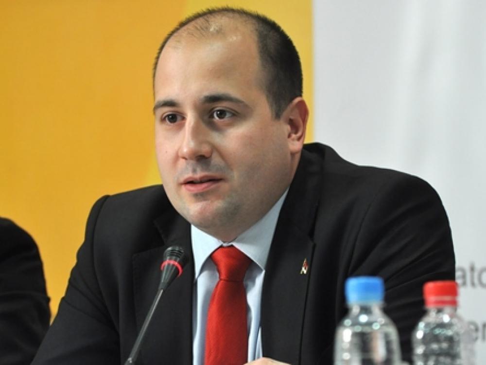 Kozarev: Kurti širi dezinformacije, Priština ne priznaje diplome