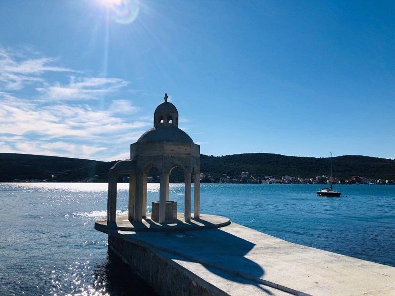 Crnogorska vlast ruši još jednu Njegoševu crkvu