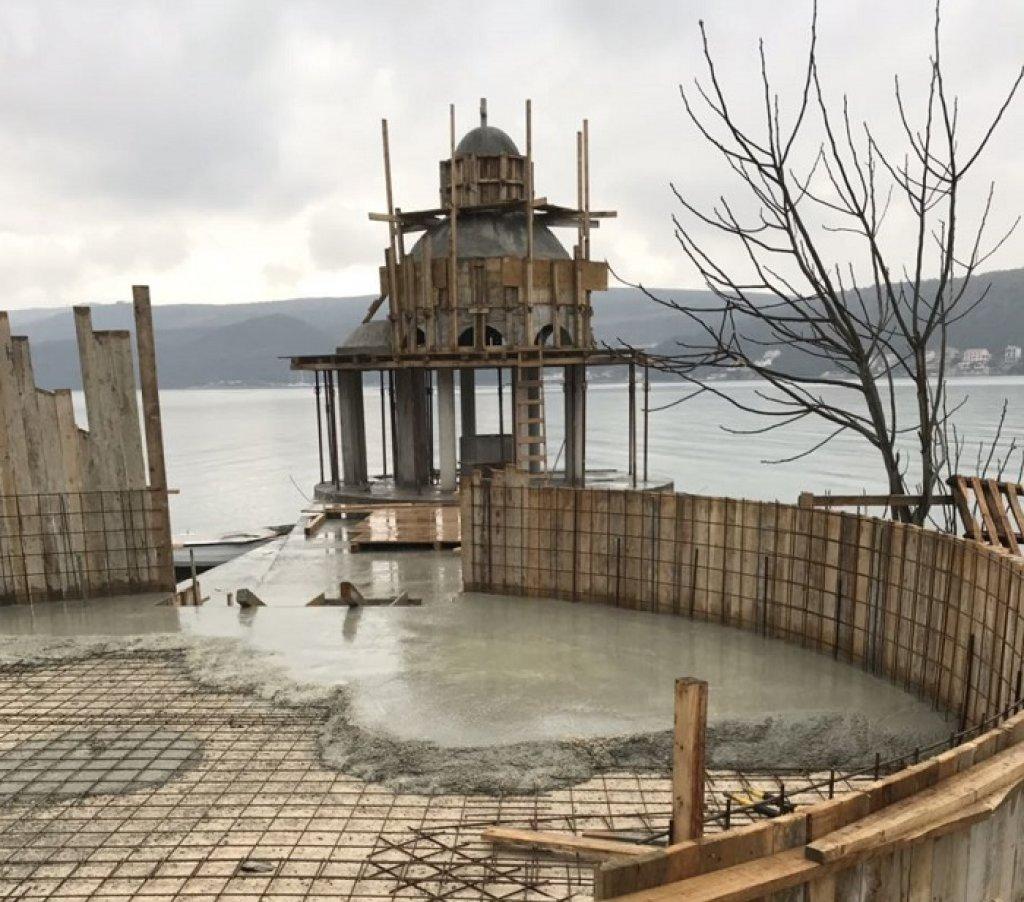 Crna Gora: Počelo potpisivanje peticije za krstionicu