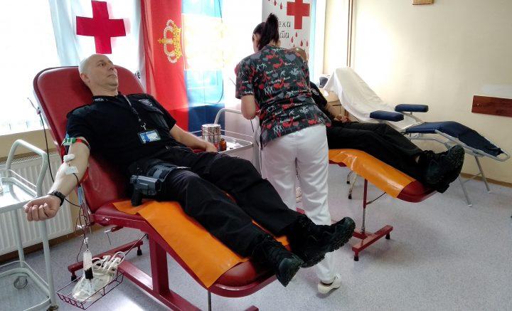 Pripadnici Kfora i Euleksa dobrovoljno dali krv u Mitrovici